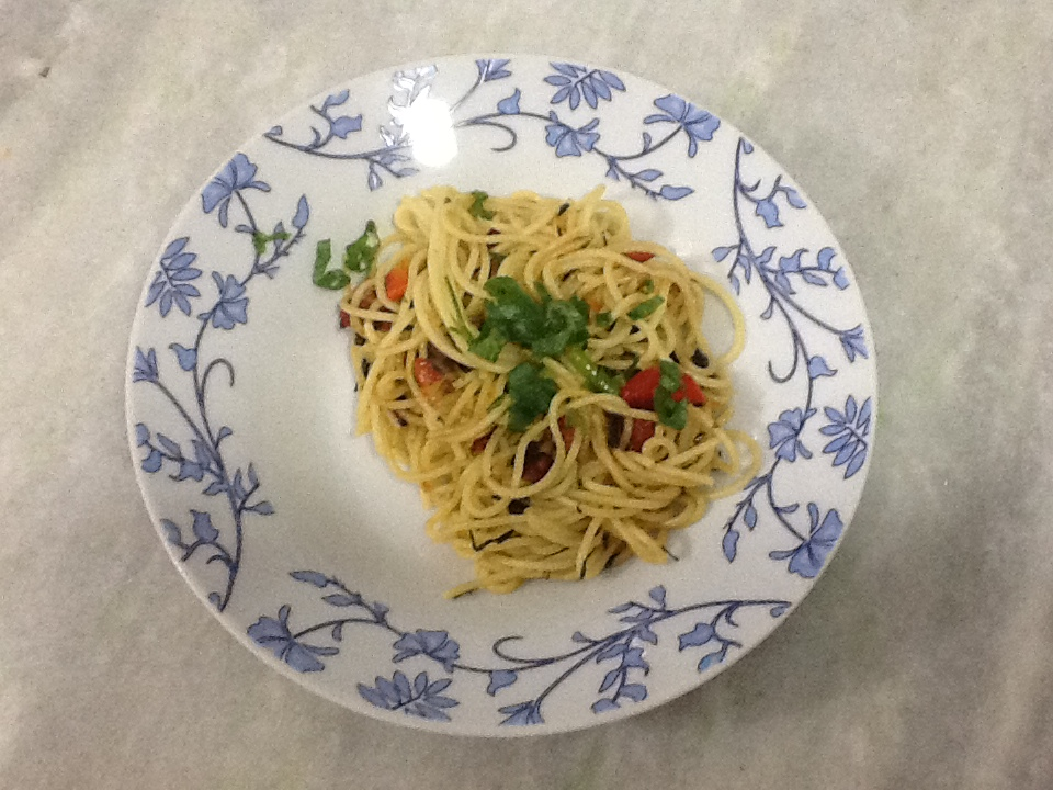 Espaghete com salsinha