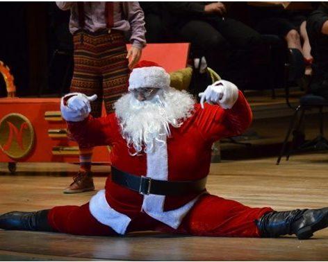 Papai Noel faz spakate