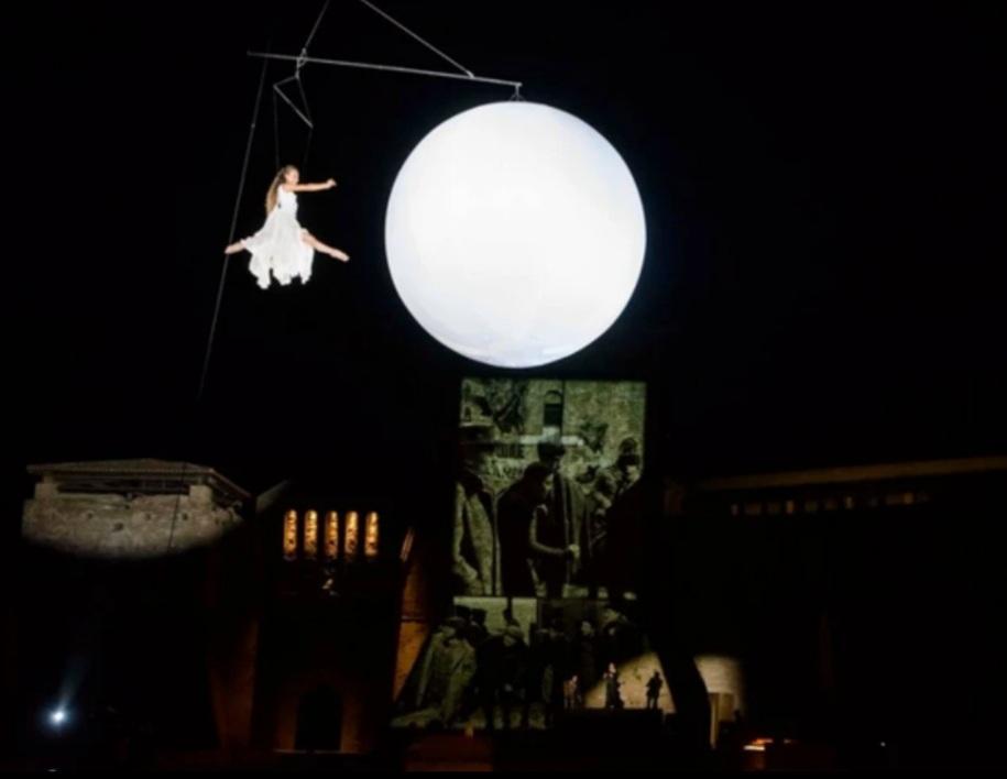 Museu Fellini abre na Itália com show circense